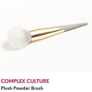 COMPLEX CULTURE  Plush Powder Brush